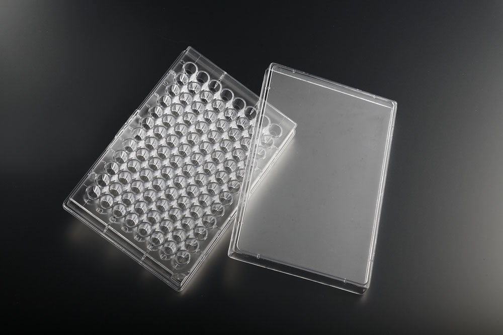 Clear solid 96 well plates tissue culture